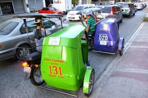 """13.05.15: Die weit verbreiteten Mopedrikschas (""""Tricycles"""")"""