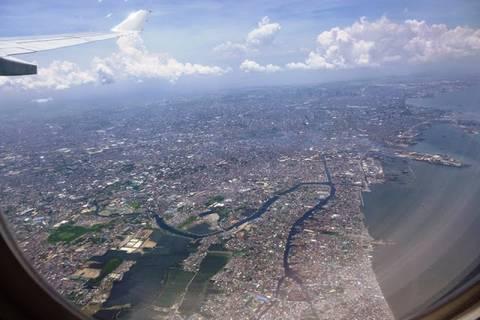 11.05.15: Anflug auf Manila, der Heimat von 12 Millionen Menschen