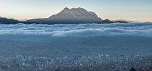 La Paz und der markante Gipfel des Illimani (6439m). Foto: Ever Veimar Huanca Lucero