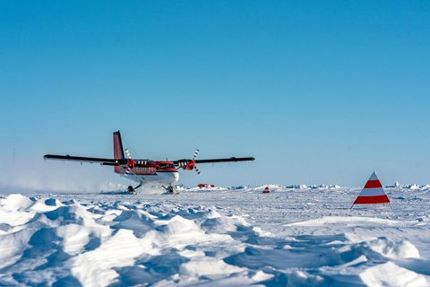 On 22 April 2020 seven MOSAiC participants left the MOSAiC ice camp with Twin Otter polar aircraft. Unfortunately, personal circumstances did not allow a further participation. (Photo: Christian R. Rohleder, DWD)