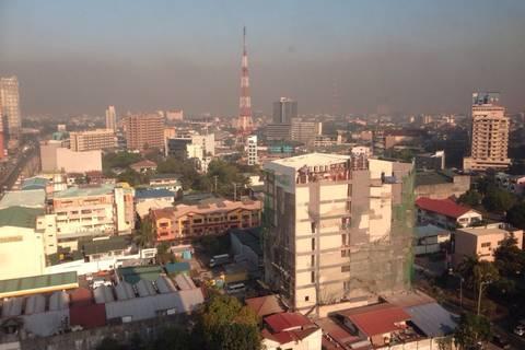 15.03. 2015 Luftverschmutzung in Manila - Dieses Bild zeigt das BC dominierte Aerosol über den Großraum Manila morgens um 8.00 Uhr. Das ist der Grund warum wir die Messungen hier machen. Die Luftverschmutzung unterscheidet sich hier deutlich gegenüber