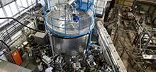 Dem CLOUD-Team am CERN ist erstmals die Bildung von Eiskeimen aus Gasen im Labor gelungen. Foto: Maximilien Brice, CERN
