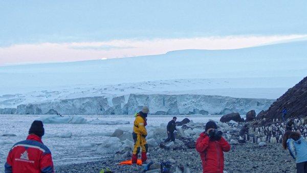 Mondaufgang an der Flanke des Mt. Siple. Foto: Silvia Henning, TROPOS