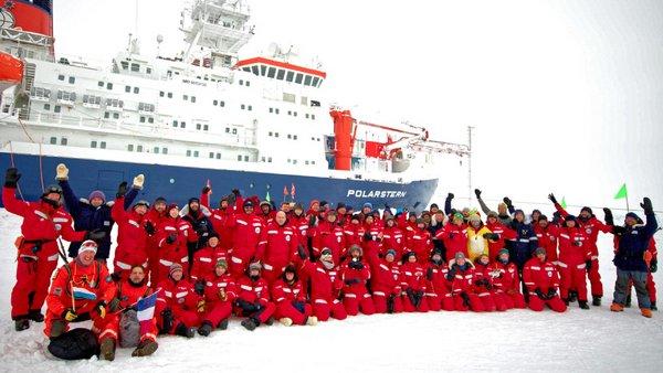 MOSAiC team during cruise section 3. Photo: Michael Gutsche