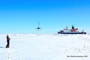 UAV-Start vom Meereis der Scholle aus. Foto: Marius Jonassen, UNIS
