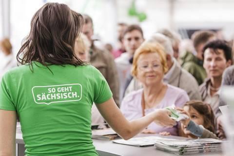 Tag der Deutschen Einheit in Dresden. Foto: CHRISTIAN HÜLLER FOTOGRAFIE
