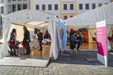 Leibniz-Zelt auf der Dresdner Wissenschaftsmeile. Foto: Gerald Spindler, TROPOS
