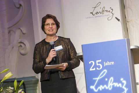 Moderatorin Prof. Dr. Brigitte Voit (IPP)