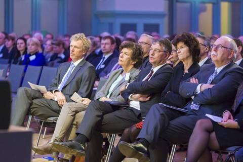Unter den Ehrengästen auch Prof. Dr. med. Beate A. Schücking (Rektorin der Uni Leipzig)