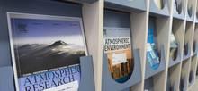 Wissenschaftliche Journale in TROPOS-Bibliothek. Foto: Tilo Arnhold/TROPOS