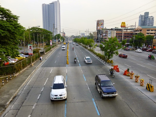 12.05.15: Katipunan Avenue, hier stand der TROPOS-Messcontainer zu Beginn 4 Wochen lang.