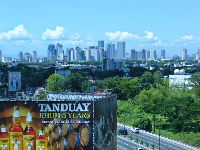 13.05.15: Dieser Tag begann mit einer für Manila ungewöhnlich klaren Sicht!