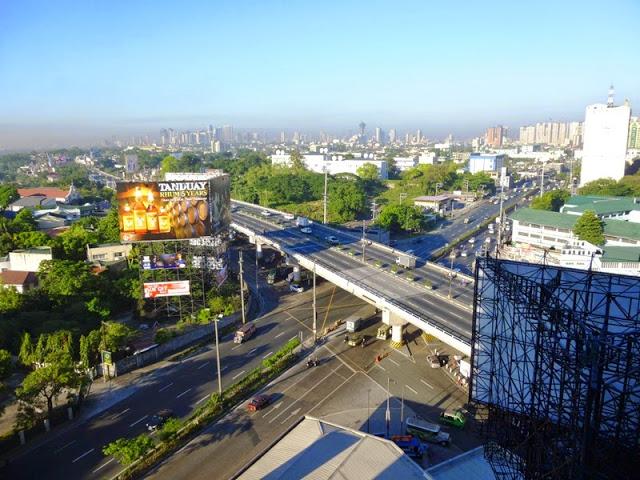 16.05.15: An diesem Samstag war bei stagnierendem Wind der berüchtigte Manila-Smog wieder zurück