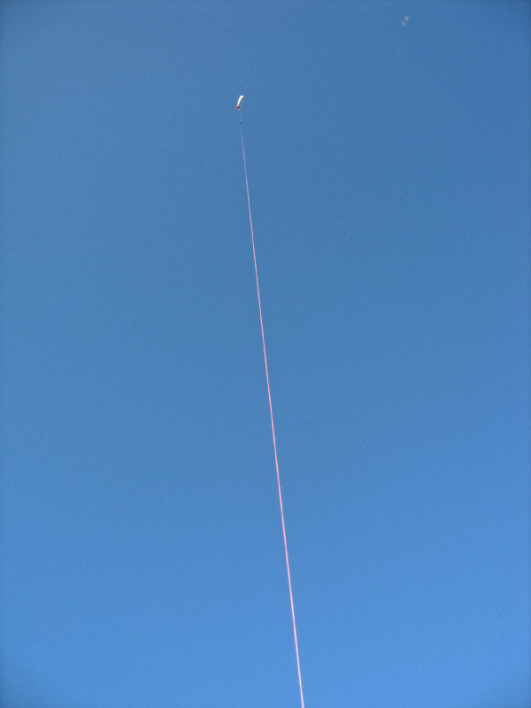 ca. 7:00 der Ballon ist oben ... Foto: Janine Lückerath/ Universität Bayreuth