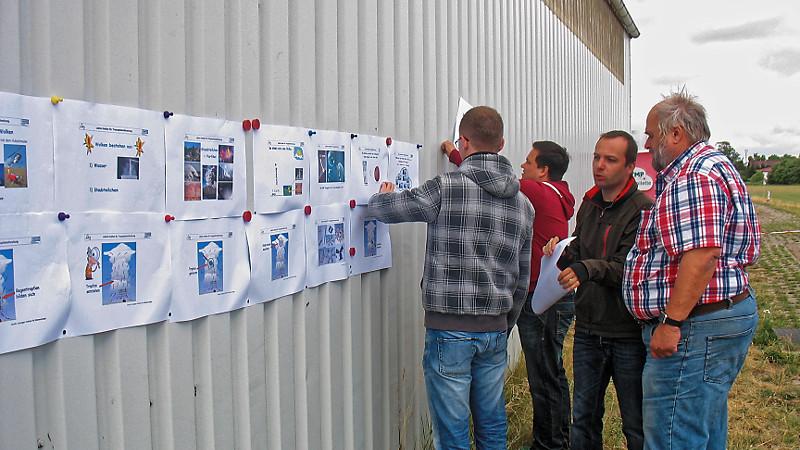 Vorbereitungen für den Tag der öffenen Tür. Foto: Janine Lückerath/ Universität Bayreuth