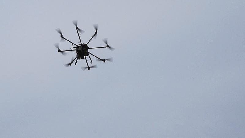 Der Oktokopter  in der Luft. Foto: Tilo Arnhold/TROPOS