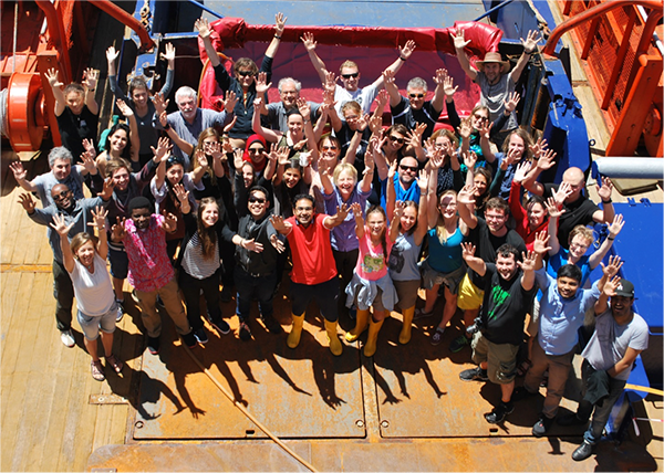 Group picture on the North-South Transect of the AWI RV Polarstern from Bremerhaven to Cape Town (PS102).