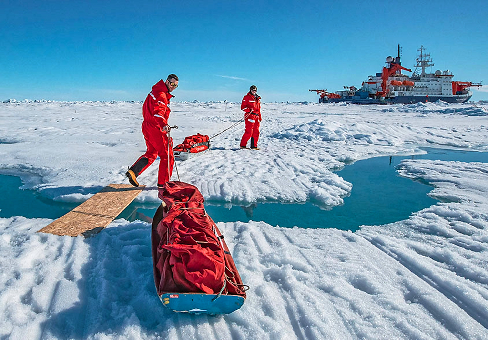 While the MOSAiC floe slowly thawed, the melting ponds became larger and the work on the ice increasingly difficult. Photo: Lianna Nixon, University of Colorado