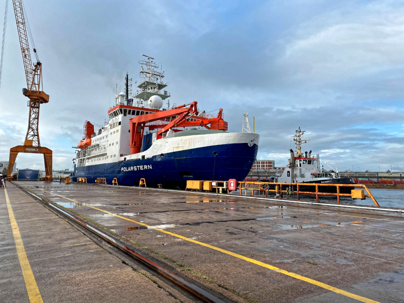 12 October 2020: The research vessel Polarstern has docked at the Dalbenpier (Lloyd shipyard) Photo: Annika Meyer, Alfred Wegener Institute / eventfive