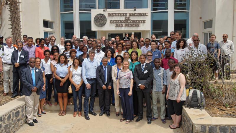 Teilnehmer des wissenschaftlichen Symposium am INDP in Mindelo, Capo Verde. Foto: Björn Fielder, GEOMAR.