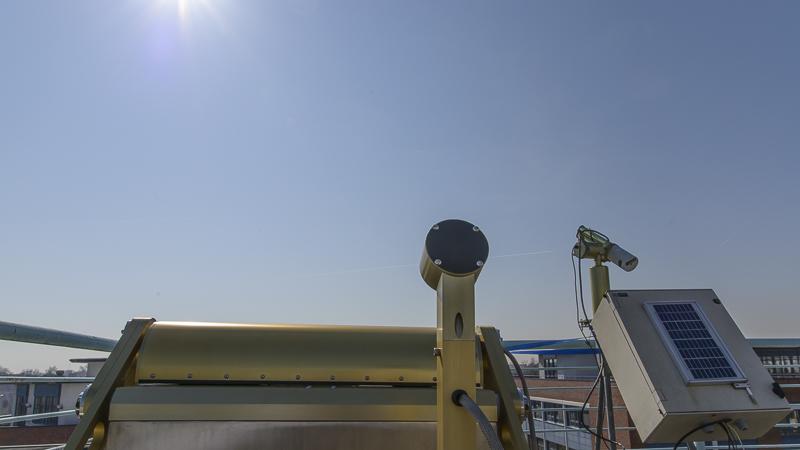 All-Sky Kamera ASIVA & Sonnenphotometer am TROPOS während der Sonnenfinsternis am 20. März 2015. Foto: Tilo Arnhold/TROPOS