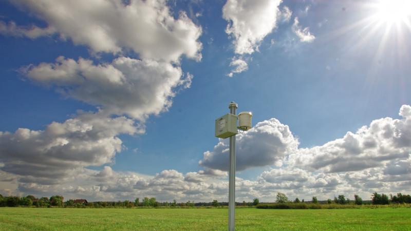 Ein Netzwerk an Pyranometern misst die Sonnenstrahlung. Foto: Patric Seifert/TROPOS