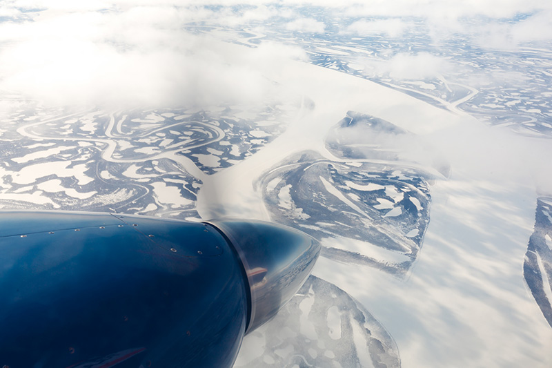 Ice pattern near Mackenzie River. Image out of window of an AWI research aircraft during the NETCARE campaign 2015. (Photo: Stefan Hendricks, AWI)