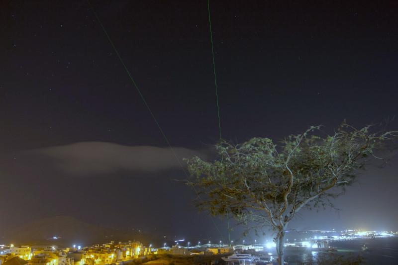 """Die Lidarmessungen unterstützen die """"Aeolus Tropical Campaign"""" im Sommer  /Herbst 2021 und sollen neben der Kalibrierung der Daten des ESA-Satelliten auch dazu beitragen, Wolken und Aerosole in den Tropen zu erforschen sowie das Entstehen von tropischen Wirbelstürmen besser zu verstehen. Foto: Edson Silva Delgado, Etfilmes / OSCM"""