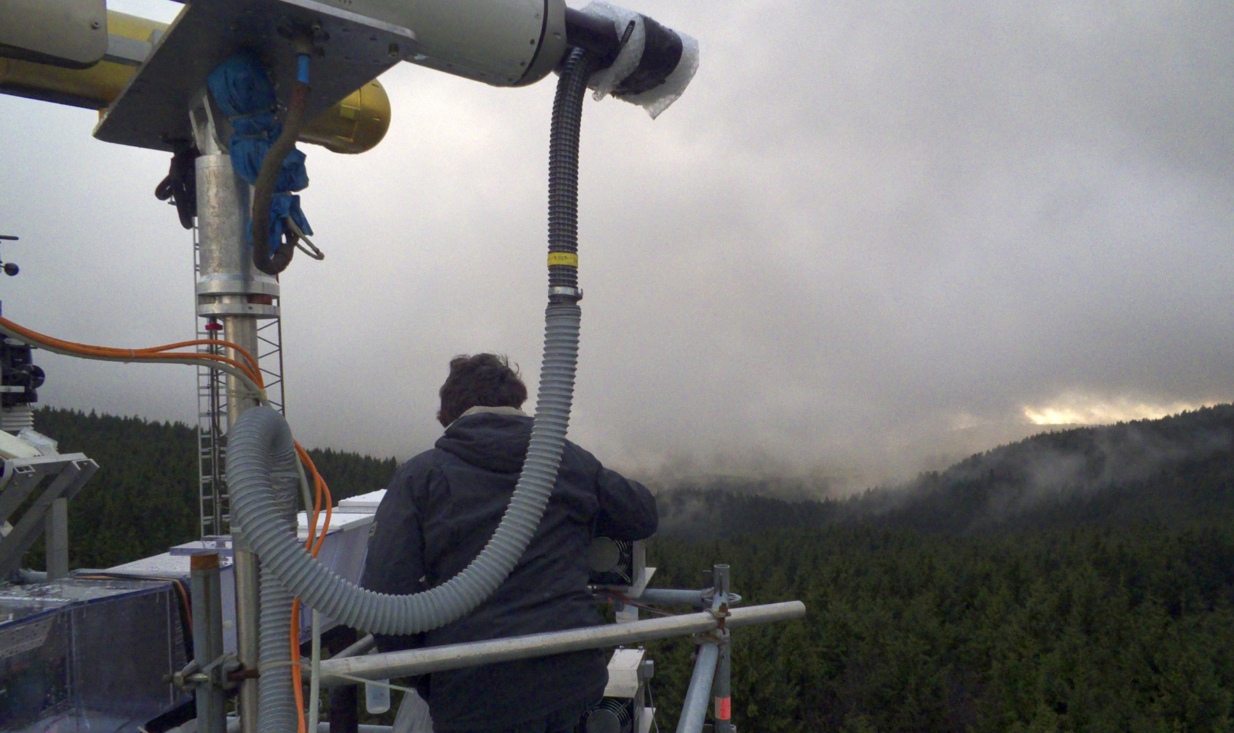 Die Messkampagne HCCT auf der Schmücke  ist ein Thema bei den Vorträgen zur Atmosphärenforschung auf der ICCE 2015. Foto Stefan Mertes/ TROPOS