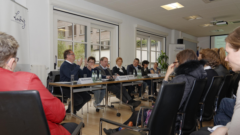 """""""Spitzenforschung zur Verbesserung der Luftqualität und zum Klimaschutz"""". Foto: Tilo Arnhold/TROPOS"""