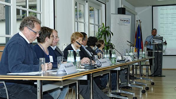 """Die Paneldiskussion war ein offizielles Satellite Event der GREENWEEK 2013, die im EU-Jahr der Luft unter dem Motto """"Saubere Luft für alle"""" stand. Foto: Tilo Arnhold"""
