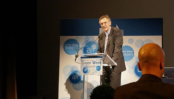 """EU-Umweltkommissar Janez Potocnik hatte 2013 zum """"Jahr der Luft"""" erklärt und verstärkte Anstrengungen gegen Luftverschmutzung angekündigt. Die GREENWEEK in Brüssel stand folglich 2013 unter dem Motto """"Saubere Luft für alle"""". Foto: Tilo Arnhold"""
